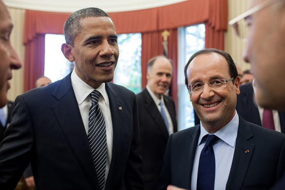 800px-Barack_Obama_and_Francois_Hollande_bilateral_meeting_May_18,_2012