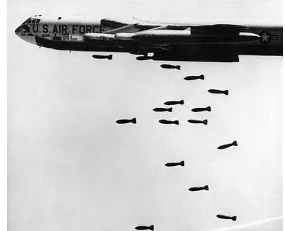 b-52_bombing_vietnam